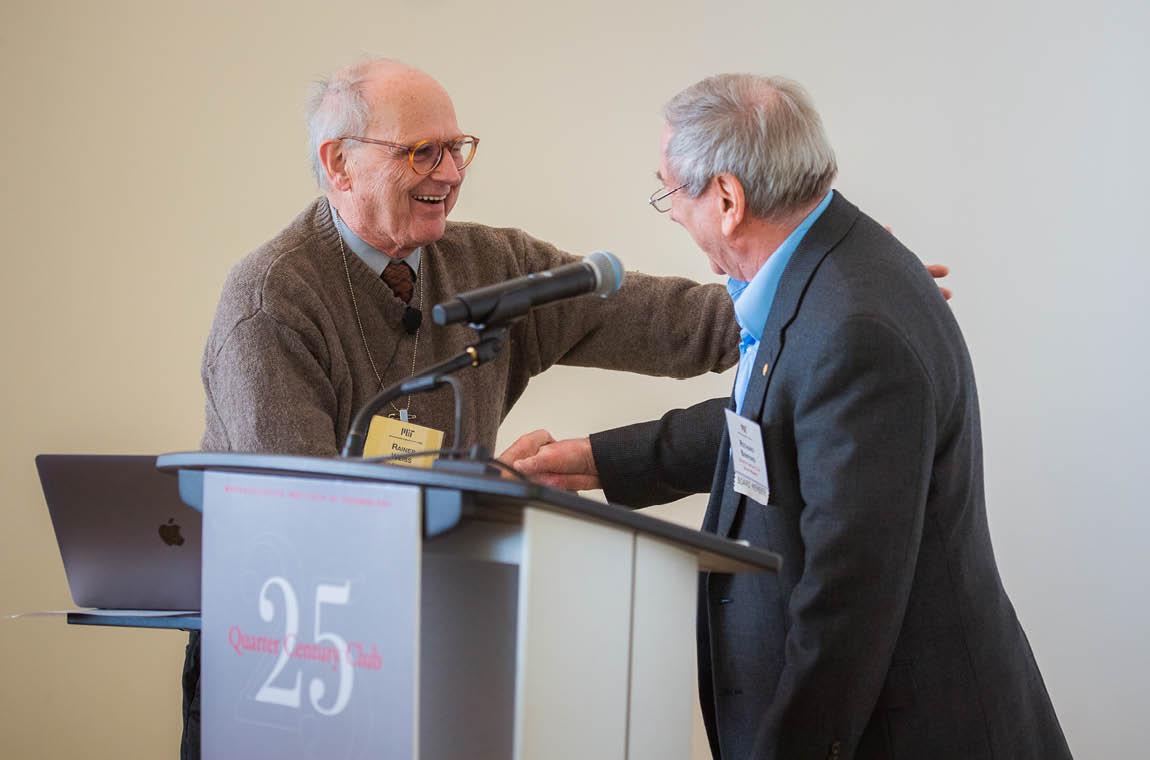 Photo of Prof. Rainer Weiss and QCC board member Richard Benford who introduced him