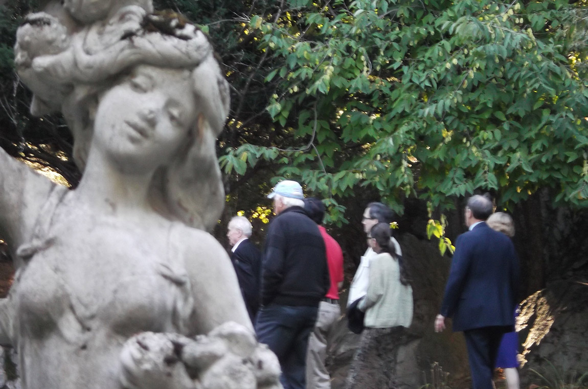 Photo: Guests exploring the Endicott House grounds and scupltures